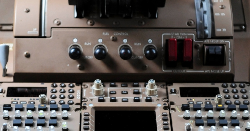 Comandos da Cabine dos Pilotos